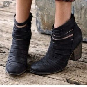 Free People Hybrid Heel Boot EUC